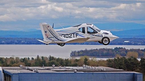 """El """"carro volador"""" ya es una realidad y estará a la venta el próximo año"""