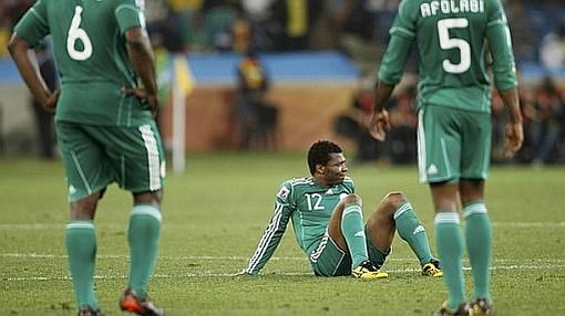 La FIFA amenazó con sancionar a Nigeria por la intervención de su gobierno