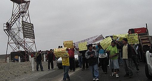 Ica: caos vehicular en Panamericana Sur por bloqueo de Construcción Civil