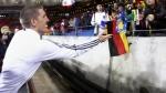 Schweinsteiger tiene su corazoncito: le regaló su medalla a su novia - Noticias de sarah brandner