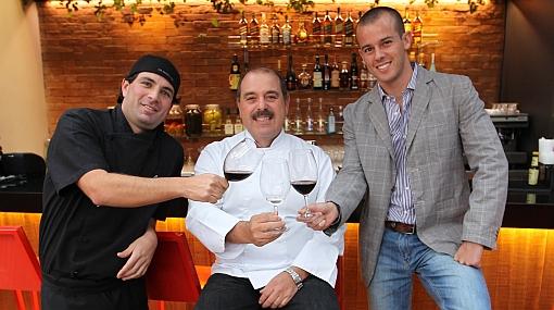 Carlos Testino y Alfredo Aramburú presentan Lima 27