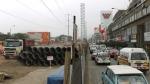 """El caos continúa en Av. Primavera por obras de triple """"by-pass"""" y ampliación de carriles - Noticias de luis quispe candia"""