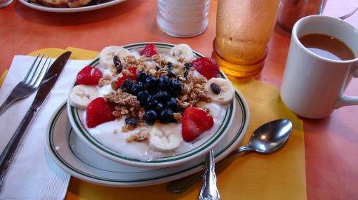 Cinco razones por las que no debes saltarte el desayuno