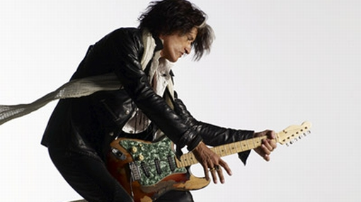 Guitarrista de Aerosmith fue arrollado por un carro cuando andaba en su moto