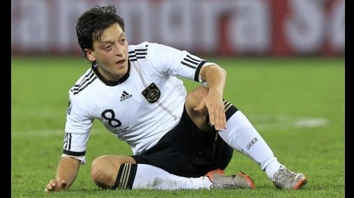 Real Madrid se frota las manos: Werder Bremen no le renovará contrato a Mesut Ozil