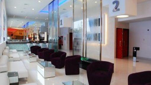 Cadena UVK inauguró su primera sala de categoría premium en San Isidro