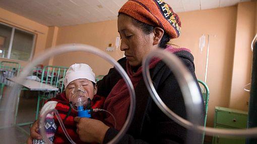 Puno sufre por el frío y ya registra 61 mil atenciones por infecciones respiratorias