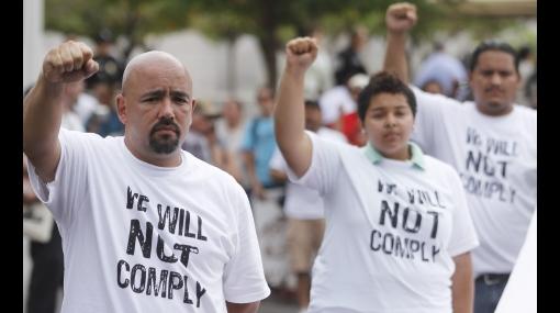 Corte de Arizona empezó a examinar la demanda del Gobierno de EE.UU. a la ley antiinmigrante