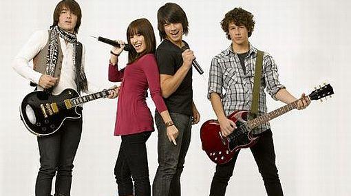 Las entradas para ver a los Jonas Brothers y Demi Lovato costarán entre 156 y 924 soles