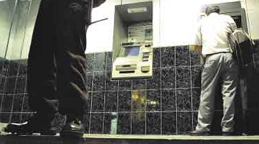 Los delincuentes usan internet para ubicar y asaltar a sus víctimas