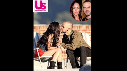 "Megan Fox y actor de ""Lost"" fueron captados en pleno beso"