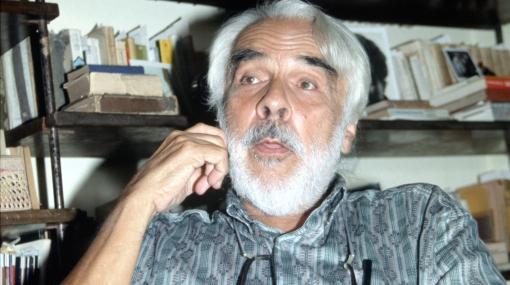 Cineasta Armando Robles Godoy está grave tras sufrir un derrame cerebral
