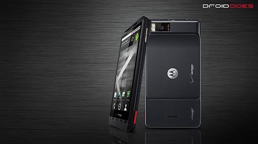 Motorola se burla de Apple por problemas en antena de su iPhone 4
