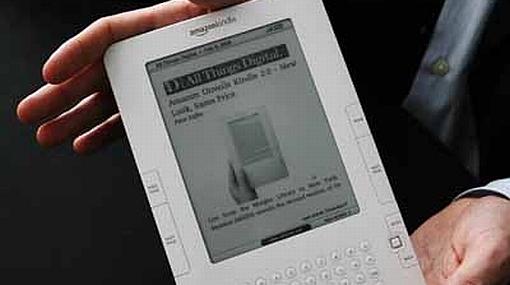 Amazon lanzó tercera generación del Kindle y bajó de nuevo los precios