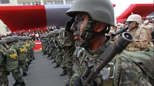 FOTOS: la última Gran Parada Militar del segundo gobierno de Alan García
