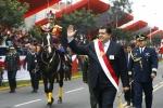 Alan García se dio baño de popularidad en el cierre de la Gran Parada Militar - Noticias de desfile militar