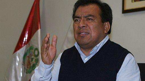 Funcionarios que violen neutralidad en campaña electoral serán cesados, afirmó Velásquez Quesquén