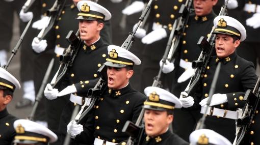 Propuesta de aumento de salarios a militares estaría lista a fines de agosto