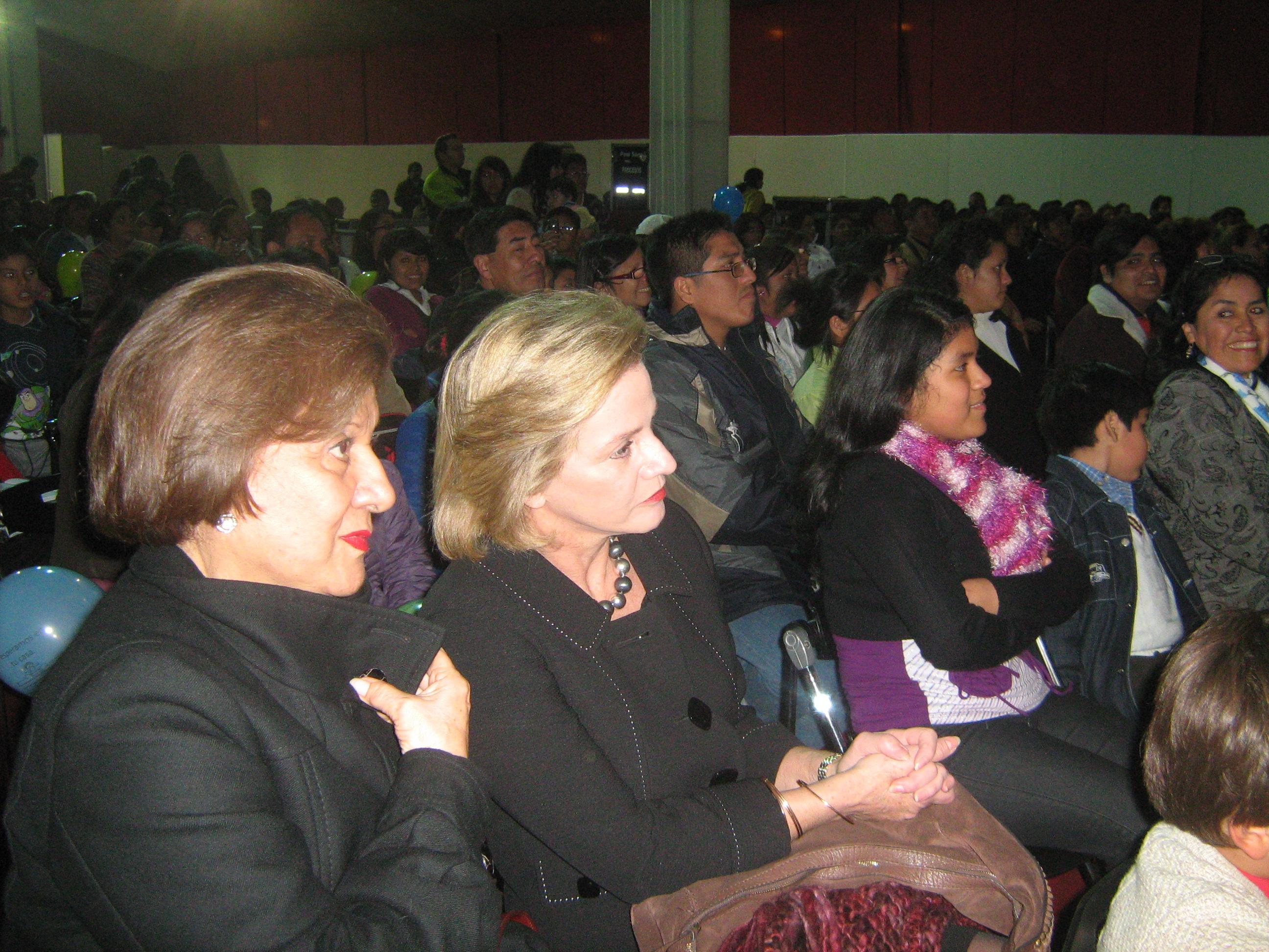 Pilar Nores visitó la Feria Internacional del Libro