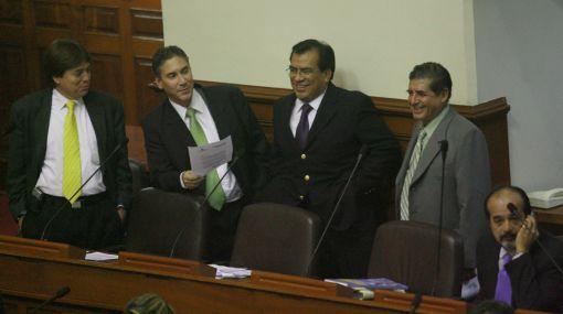 Velásquez Quesquén y tres ministros explicarán situación en Cusco ante el pleno del Congreso