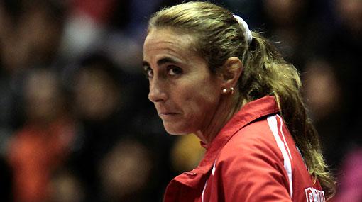 Natalia Málaga prohibió celulares y laptops a sus jugadoras en los Juegos Olímpicos de la Juventud
