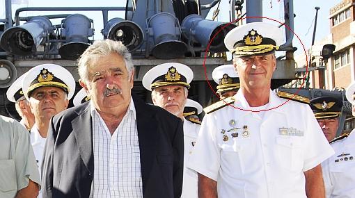 Escándalo en Uruguay: jefe de la Marina renunció tras acusaciones de corrupción