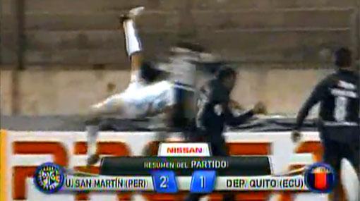 San Martín selló su clasificación con una impresionante 'chalaca' de Alemanno