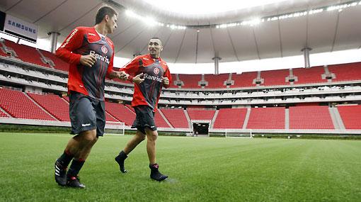 La final de la Copa Libertadores se jugará hoy sobre césped sintético