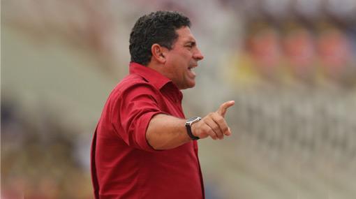 ¿Se va de Aurich? Luis Fernando Suárez podría ser el nuevo técnico de Deportivo Quito