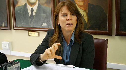 "Cayetana Aljovín seguirá al frente de ""Panorama"""