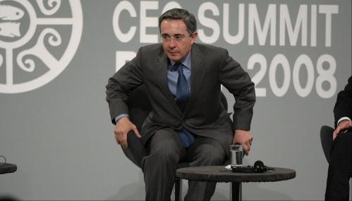 Álvaro Uribe será denunciado ante el Congreso por traición a la patria y abuso de poder