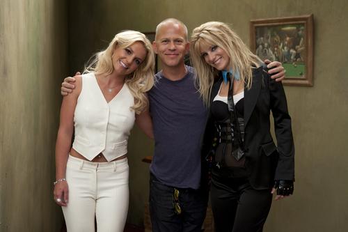 """Britney Spears recrea candente escena con Madonna en """"Glee"""""""