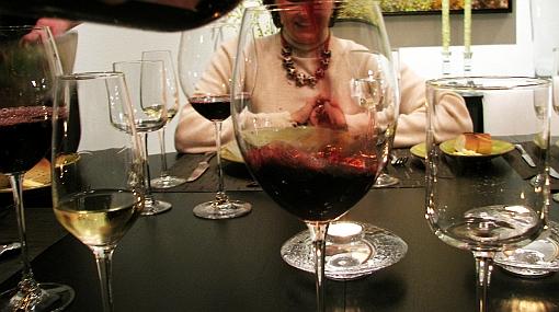 Cata y maridaje: para conocer y disfrutar de un vino chileno