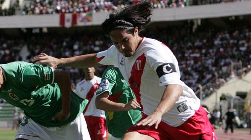 ¿Quién debe ser el capitán de la selección peruana ante Canadá?