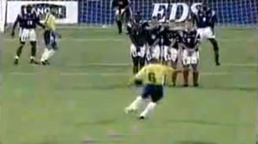 El golazo de Roberto Carlos a Francia ya tiene una explicación científica