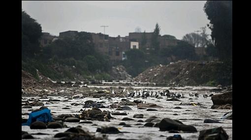 Contaminación del río Rímac aumenta y no hay quién pague por ella