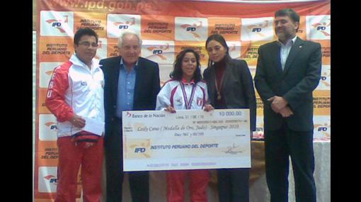 El bronce vale: selección juvenil de vóley fue premiada con 5 mil soles para cada jugadora