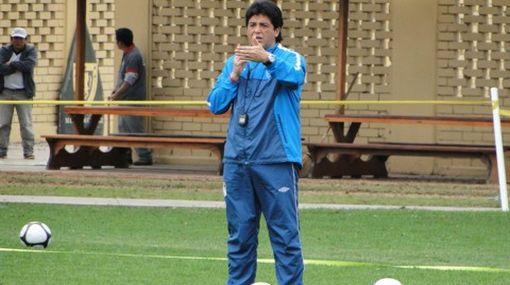 'Chino' Rivera afirmó que desempeño de Advíncula es reflejo del trabajo en Sporting Cristal