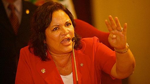 Congresista Rosario Sasieta renunció al partido Acción Popular