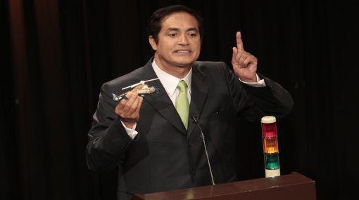 Candidato Álex Gonzales propuso un debate paralelo al de Lourdes Flores Y Susana Villarán