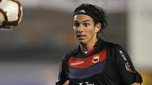 José Carlos Fernández continúa entre los mejores delanteros del mundo