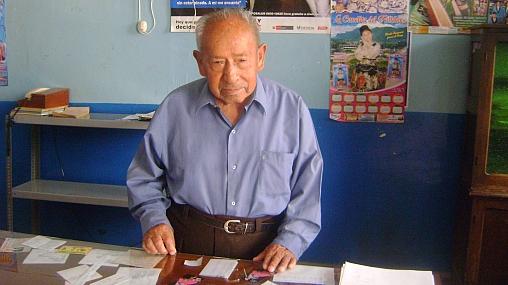 Hombre de 103 años votará en las elecciones del 3 de octubre