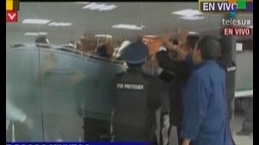 Televisora ecuatoriana denunció que manifestantes quisieron cortar su transmisión