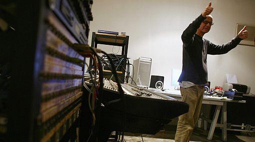 """Los mil y un rostros de Miki González: el infatigable músico """"siempre tratando de hacer cosas novedosas"""""""