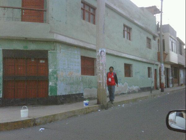 Votantes informan: JNE limpia las calles de propaganda electoral