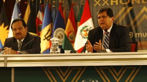 Alan García criticó propuesta de legalizar las drogas