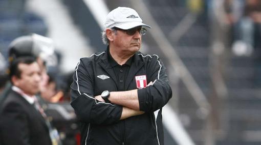 Sergio Markarián afirmó que tres victorias consecutivas sirven para que Perú sea respetado
