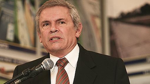 Castañeda restó importancia a denuncias que vinculan a funcionario edil con 'guerra sucia' contra Villarán