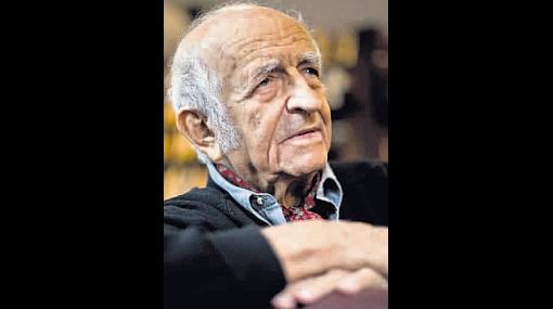 "De Szyszlo: ""MVLL es un hombre de coraje"""