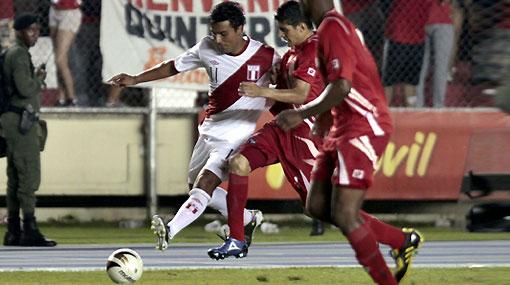 La selección peruana llega hoy con bronca por la derrota contra Panamá